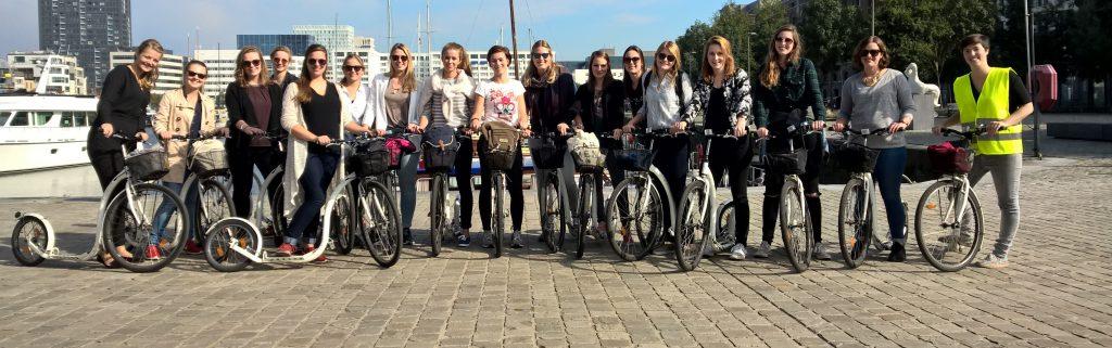 fietsen door Antwerpen met een groep