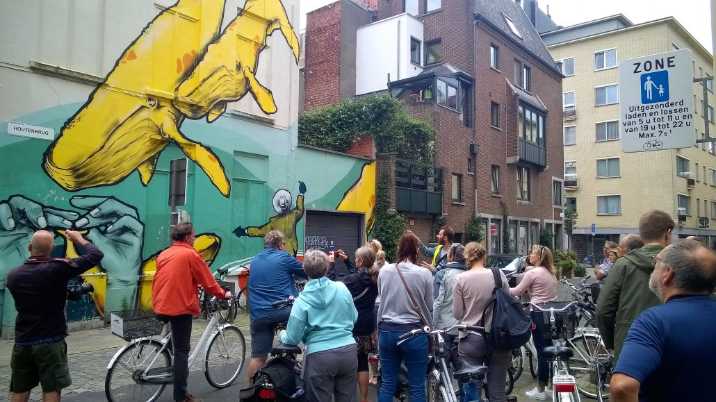 StreetArt tour by bike